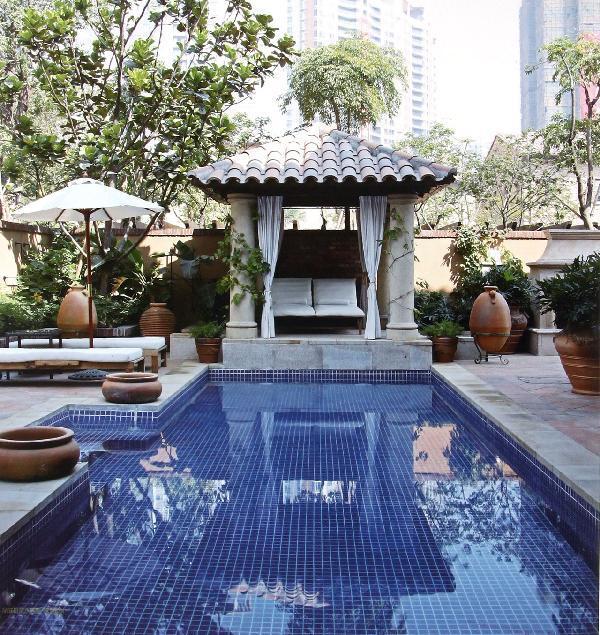 品味庭院水景观:泳池设计